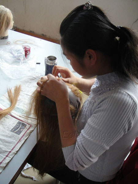 worker tie hair on wig lace base